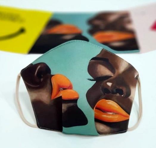 Dubai moda tasarımcıları, koronavirüs salgını ile beraber hayatımızın bir parçası haline gelen maskeleri mümkün olduğunca en güzel hale getirmek için harekete geçti.