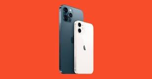 Apple merakla beklenen iPhone 12'lerin tanıtımını yaptı. Teknoloji devinin cihazların yurt dışı satış fiyatlarını açıklamasının ardından iPhone hayranları Türkiye fiyatlarını merak eder oldu. İşte iPhone 12'lerin Türkiye satış fiyatları.