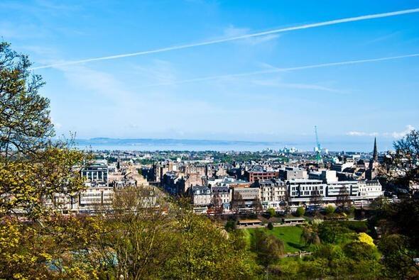 25- Edinburgh Ülke: İngiltere Ortalama Maaş (Dolar): 2,501