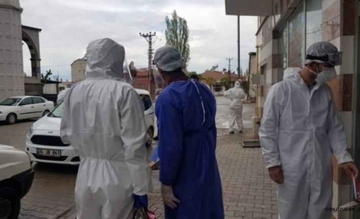 Kayseri'de İl Sağlık Müdürü'nden 'üfürükçü koronavirüs bulaştırdı' iddiaları hakkında açıklama