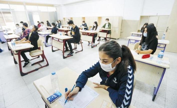 Yüz yüze sınava girmeyen sınıfta kalacak