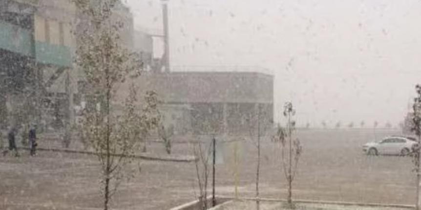 Ankara'ya yılın ilk karı düştü