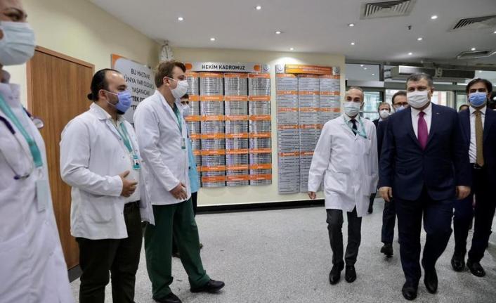Bakan Koca İstanbul'da Hastanelerde İncelemelerde Bulundu