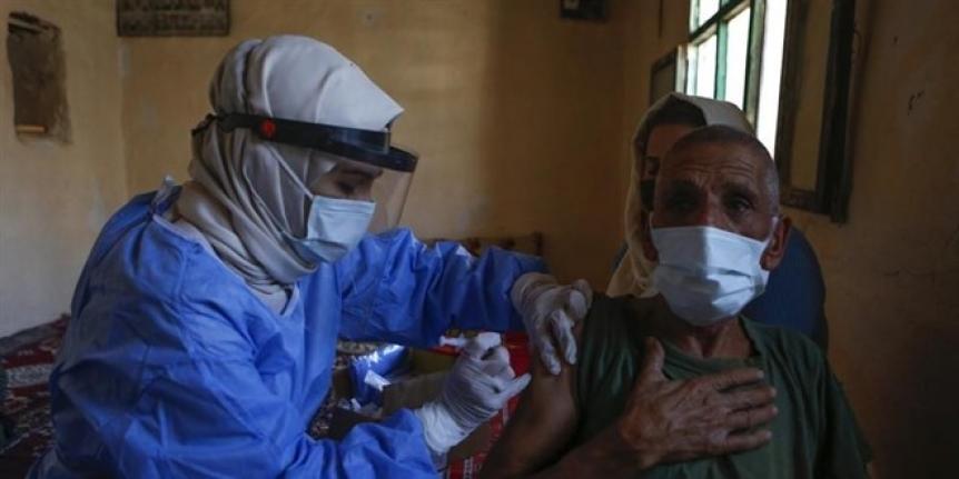 Aşı ikna ekiplerinin başarısı uluslararası basında