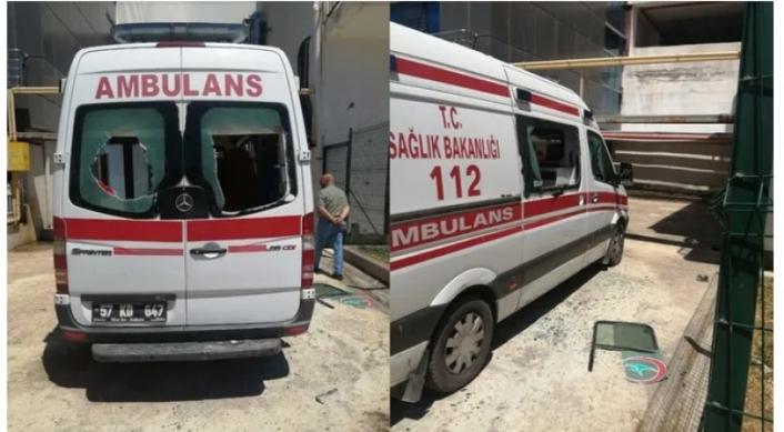 Baltayla Ambulansa Saldıran Kişi Gözaltına Alındı