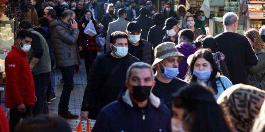 BK Üyesi yanıtladı: Maskesiz ne zaman gezebiliriz?