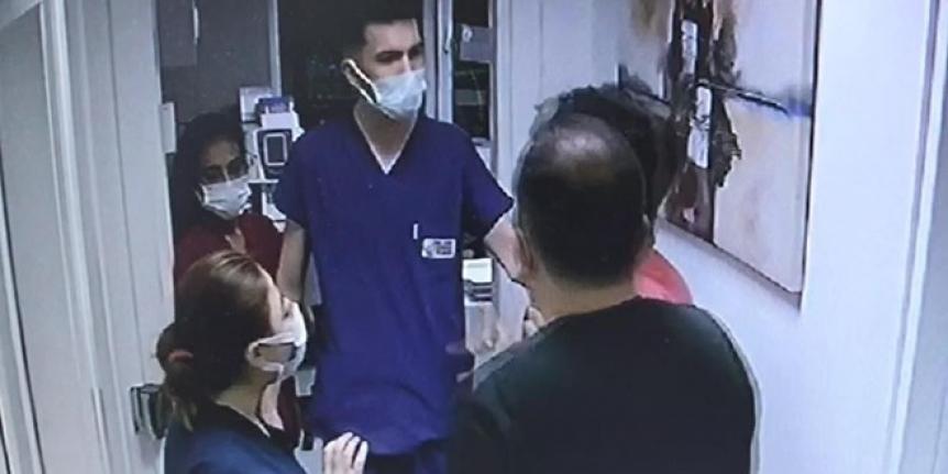 Çocuğun canı acıdı diye hemşire ve doktora saldırdı