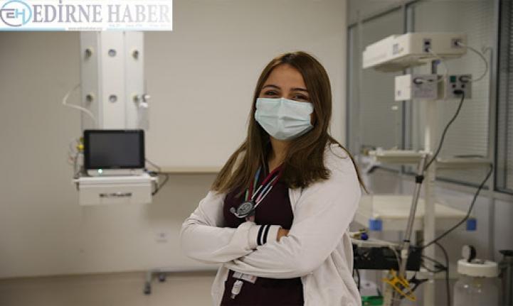 Doktor ve genç olmama rağmen iki kez hastalığa yakalandım
