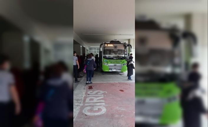 Fenalaşan Doktor Hastaneye Otobüsle Getirildi
