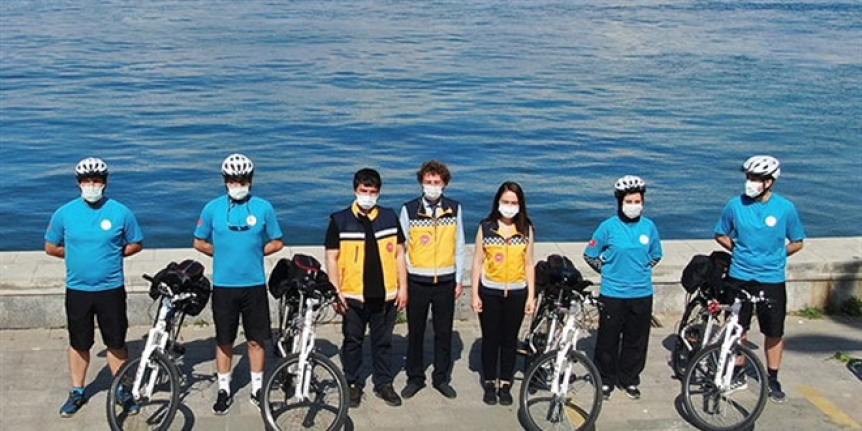 İstanbul'un ilk bisiklet ambulansları hizmete başladı