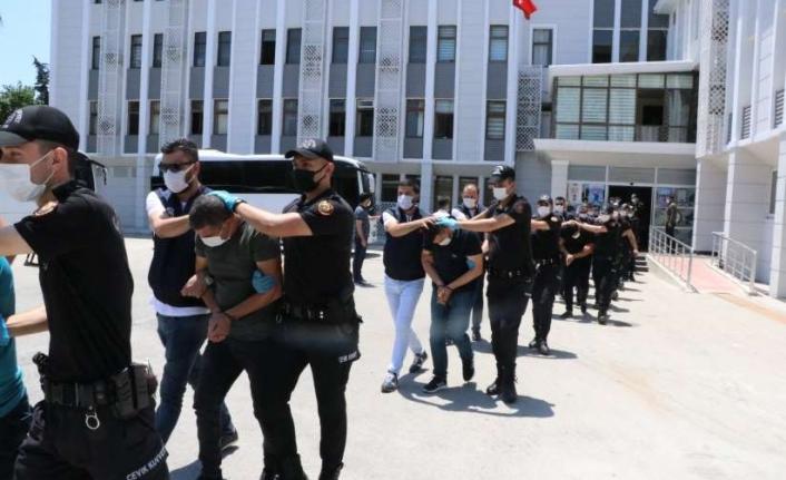 Devleti dolandıran 21 şahıs tutuklandı