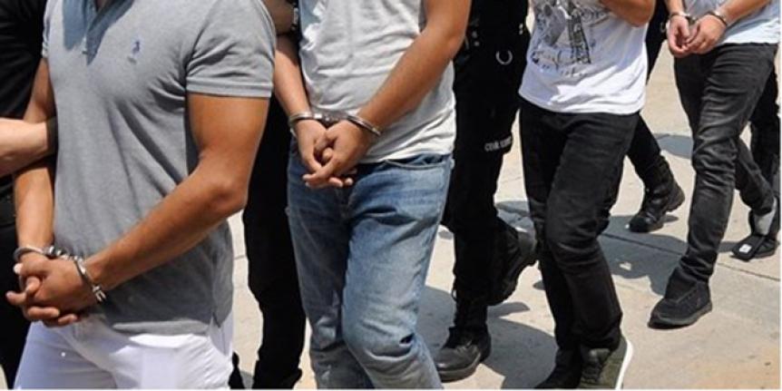 Doktor, komiser, akademisyenin olduğu 21 kişi FETÖ'den gözaltında