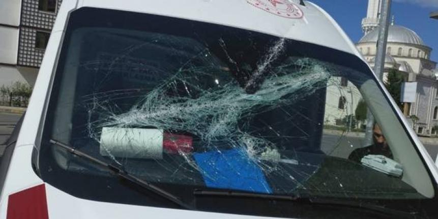 112 Acil Servis ekibine saldırı