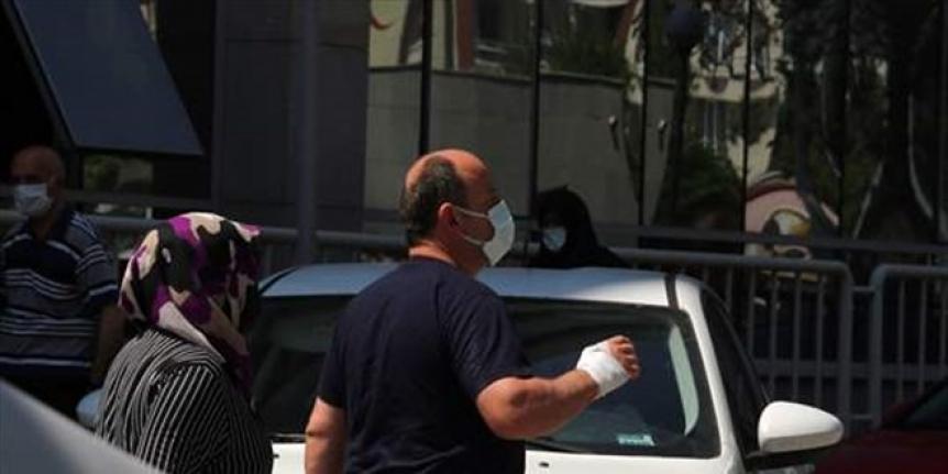 'Acemi kasaplar' hastanelik oldu: 900 kişi hastaneye başvurdu