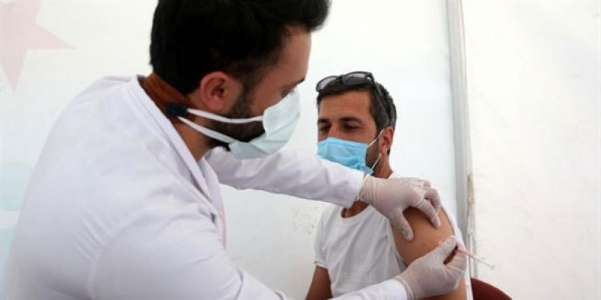 Aşı yaptırmayana sosyal hayat yok