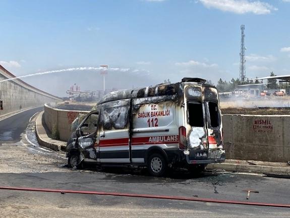 Hasta Almaya Giden Ambulans Alev Aldı