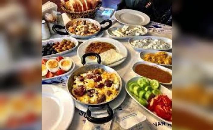 Sendika: İdari Katta Kahvaltıda Neyin Nesi
