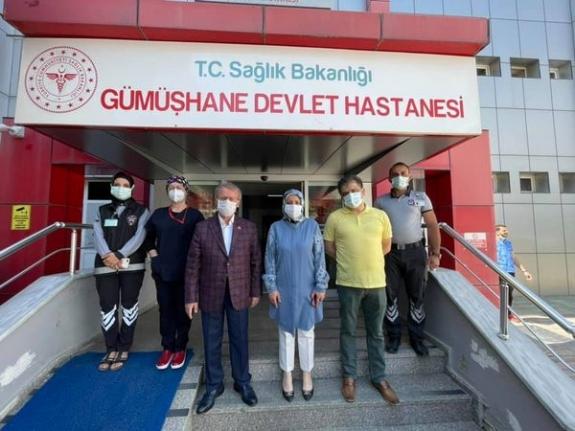 Yeni Atanan İl Sağlık Müdürü Çalışanları Bayramda Yalnız Bırakmadı