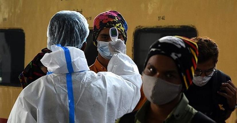 Yer: Hindistan! Binlerce kişiye aşı diye 'tuzlu su' enjekte edildi