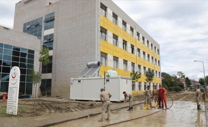 Ayancık Devlet Hastanesi kısmi olarak hizmet vermeye başladı