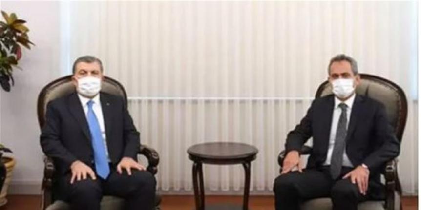Bakan Koca'dan yeni Milli Eğitim Bakanı Mahmut Özer'e ziyaret
