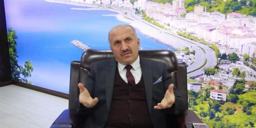 Belediye Başkanı, ağabeyini belediye başkan yardımcısı olarak atadı