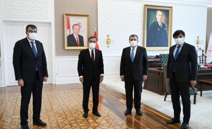 Kamu Sen Genel Başkanı, Bakan Koca ile Görüştü