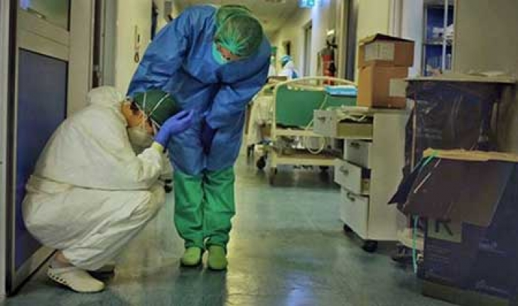 Sağlık çalışanlarına ekstra bir zam verilmesi gerektiğini düşünüyoruz!