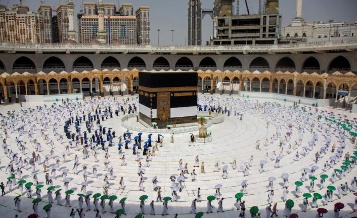 Suudi Arabistan'dan Umre kararı! Yurt dışı kota sayısı açıklandı