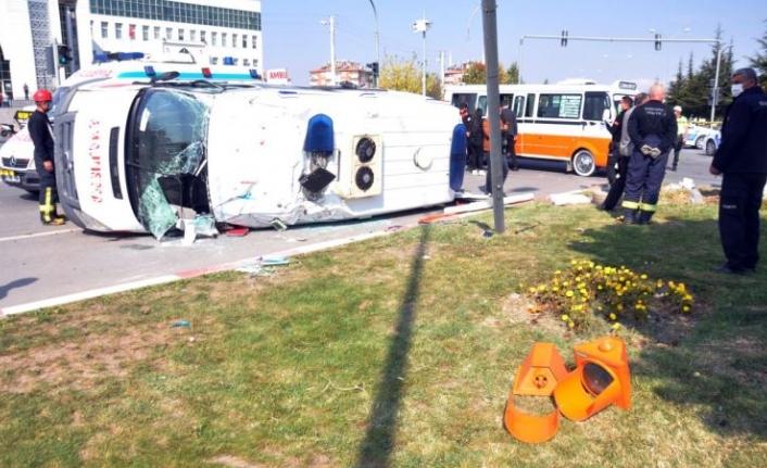 Ambulans Kazası: 10 Yaralı ! Vali Olay Yerine Geldi