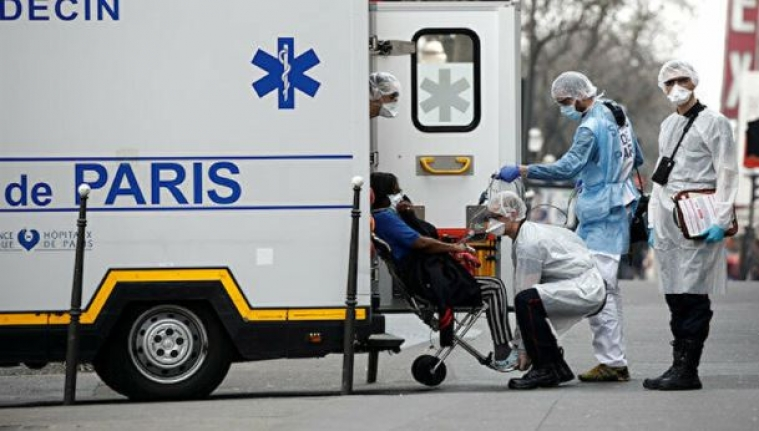 Fransa,  12.000'den fazla yabancı uyruklu sağlık çalışanına vatandaşlık verdi