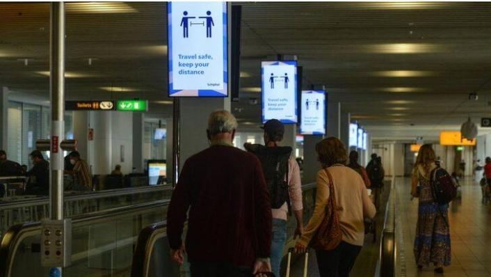 Hollanda, 25 Eylül'den itibaren sosyal mesafe uygulamasına son veriyor