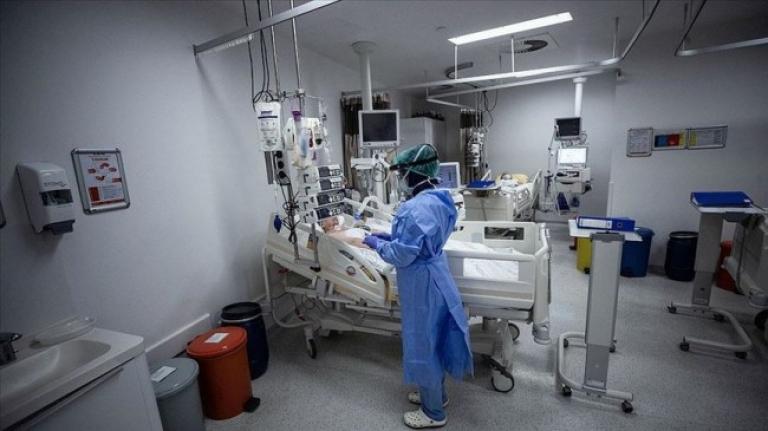 Yeni Şafak yazarı: Sağlık çalışanları çok daha fazlasını hak ediyor