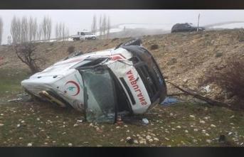 Karaman'da Feci Ambulans Kazası/ Foto Haber