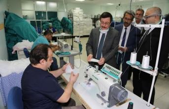 Talep Artınca Hastane Terzihanesinde Maske Üretimi Yaptılar