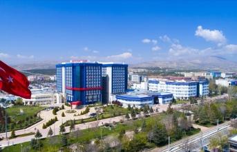 Selçuk Üniversitesi Çok Sayıda Sağlık Personeli Alacak