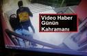 Sağlıkçılara Saldıran Kişiyi Ambulans Şoförü...