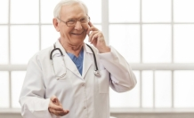 60 yaşını dolduran doktorlar özel hastanelerde kadro şartısız çalışabilecek