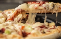 Kızılay'dan 'Askıda Pizza' kampanyası
