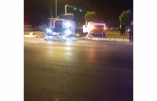 Otomobil ile ambulans çarpıştı: 7 yaralı