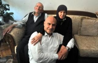 Dr.Turhan çömez, 12 yıl sonra baba ocağında