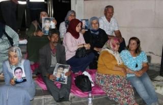 Yıldız hemşire'den Diyarbakır'daki annelere...