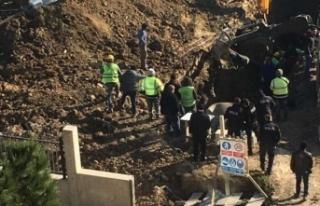 Lüleburgaz'da hastane inşaatında toprak kayması:...