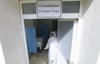 Cezayir'de İzin Talebi Reddedilen Hamile Doktor...
