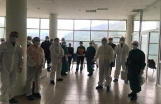 Sağlık Müdürlüğü Yöneticileri Pandemide Aktif...