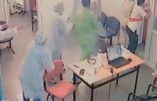 Aile hekimlerine saldırı güvenlik kamerasında