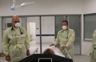 Ankara Şehir Hastanesi acil servisinde corona virüs...