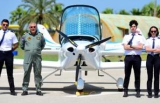 Başlangıç maaşı 26 bin lira olan pilotluğa ilgi...