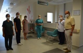 Hastane yönetimi sağlık çalışanlarını yalnız...