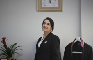 11 Yıl Hemşirelik Yaptı. Şimdi Avukat